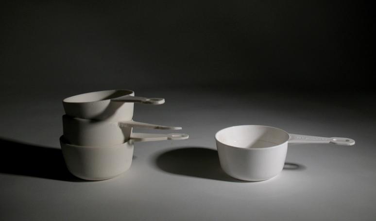 Decilitermått i keramik och i plast