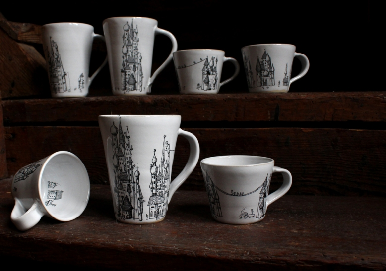 Mugs with castle pattern, every cup is different. Coffee: 180 SEK. Tea: 200 SEK. Stoneware.